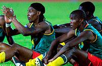 Puma делала Камеруну революционную форму – футболки без рукавов, футболки, пришитые к шортам. Все отменил Блаттер