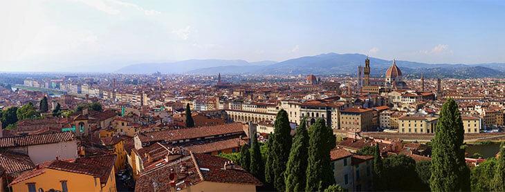 Михаил Ширвиндт составил авторский гид по Флоренции – для вас и Кокорина. Гуляйте под Синатру, пейте кофе на бензоколонке, ощутите Синдром Стендаля