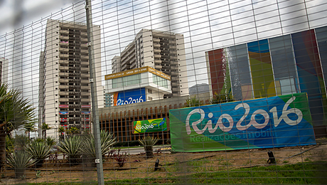Почему все жалуются на олимпийскую деревню в Рио