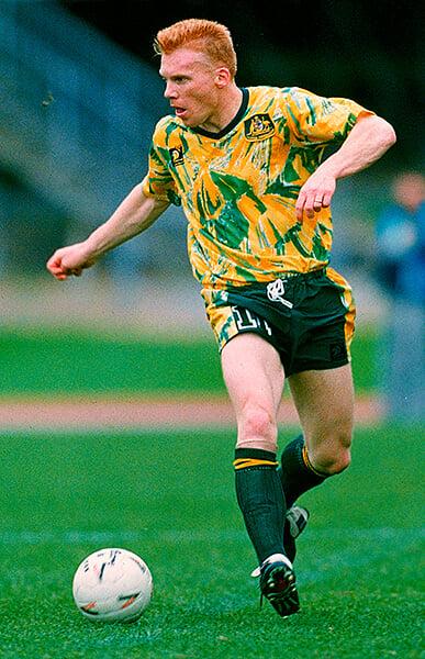 101 лучшая форма в истории: «Арсенал» 90-х, Италия на Евро-2000, «блевотная футболка» Австралии (от нее отказывались соперники). Вторая часть рейтинга