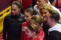 Алина, Алена, Аня и Саша встретились в одной эпохе: этот декабрь разведет их судьбы