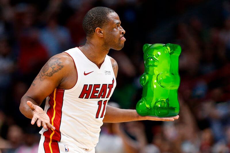 Игрок НБА переел мармеладок до припадка. Что-о-о?