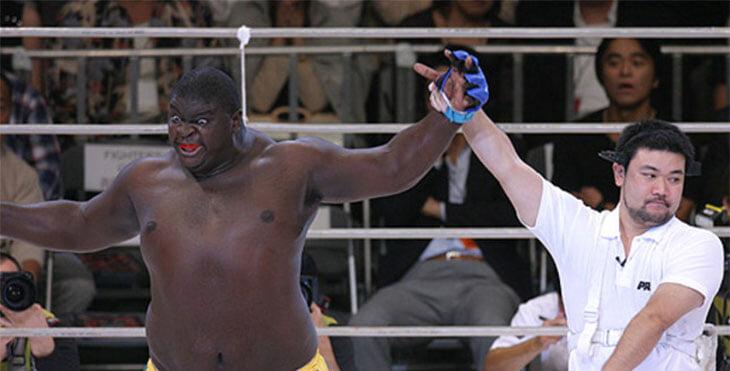 Турнир гигантов от российского промоушена: пригласили Зулу (который проиграл Федору за 26 секунд) и говорят, что фрики в тренде