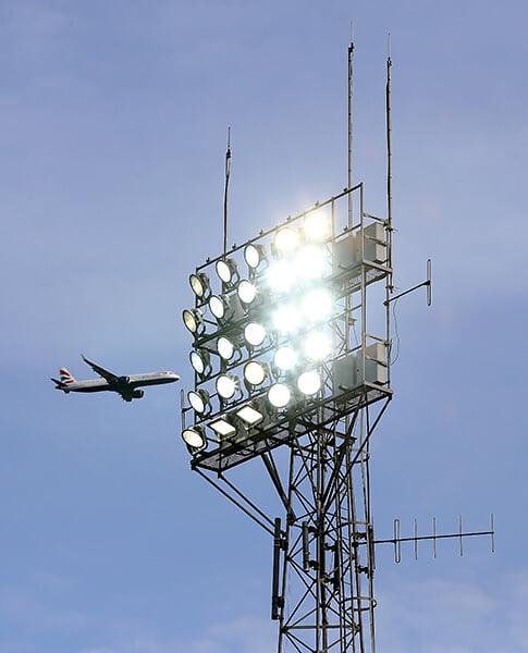 Оказывается, у футбола большие проблемы с экологией. За Евро-2020 сборные сгенерировали 420 тонн углекислого газа