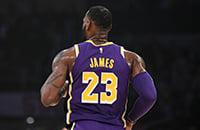 Леброн обошел Джордана по очкам в НБА