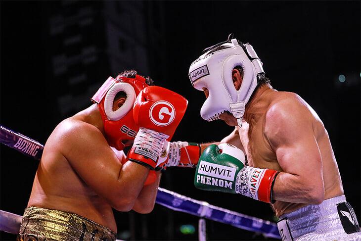 Главный боксер в истории Мексики победил в 58 лет. Хулио Сезар Чавес устроил зарубу в карде, где его сыновей побили Андерсон Сильва и брат Канело