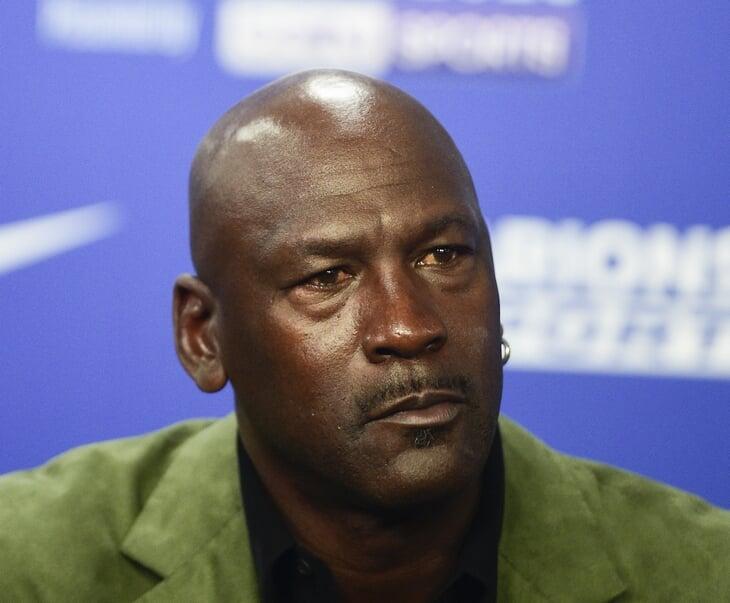 Плей-офф НБА состоится. Не только из-за страха потерять деньги: протест услышали даже в Белом доме, а единственный проигравший – Леброн Джеймс