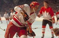Любимый игрок Гретцки в Суперсерии. Александр Якушев – в Зале хоккейной славы