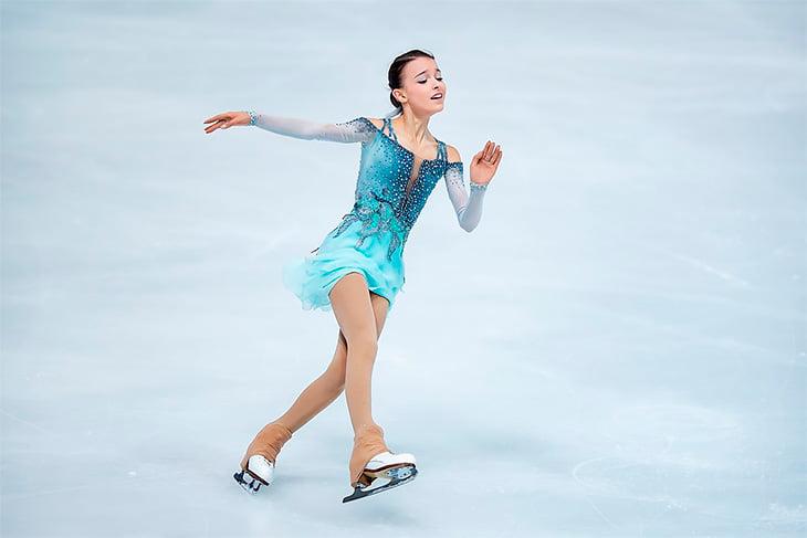 Трусова победила Щербакову: для этого ей потребовались 3 четверных прыжка