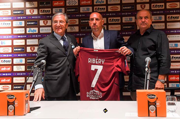 38-летний Рибери остается в Серии А: будет играть за команду, у которой пока 24% владения