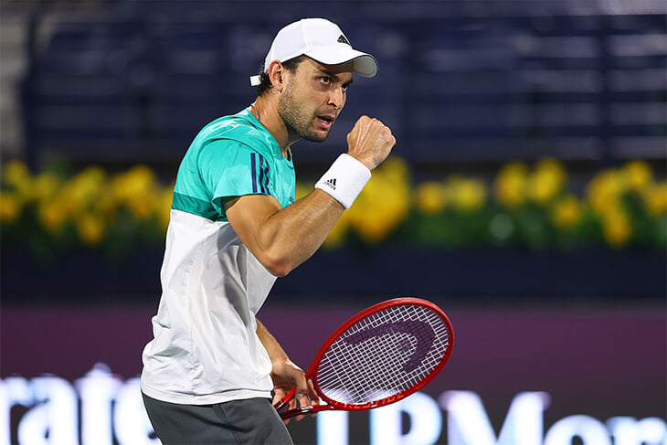 Сказка Карацева продолжается: он нервно перебил Рублева и впервые вышел в финал ATP