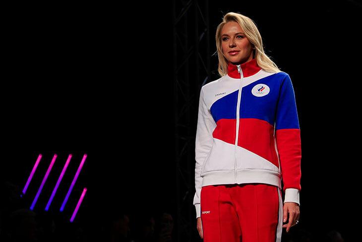Наша олимпийская форма: в цветах флага, без слова Russia – зато с оберегом