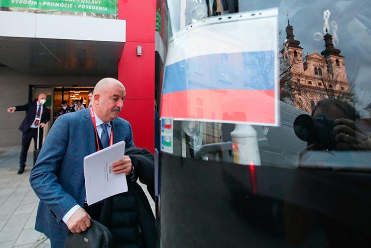 Юридический разбор отношений между Черчесовым и Агузаровым – есть ли конфликт интересов? Плюс ответы РФС и ФИФА