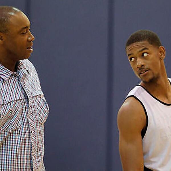 Родной отец выгнал Кори Хиггинса из НБА. Он приехал в Европу и стал топом