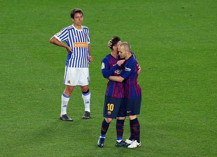 Иньеста сыграл последний матч за «Барселону»