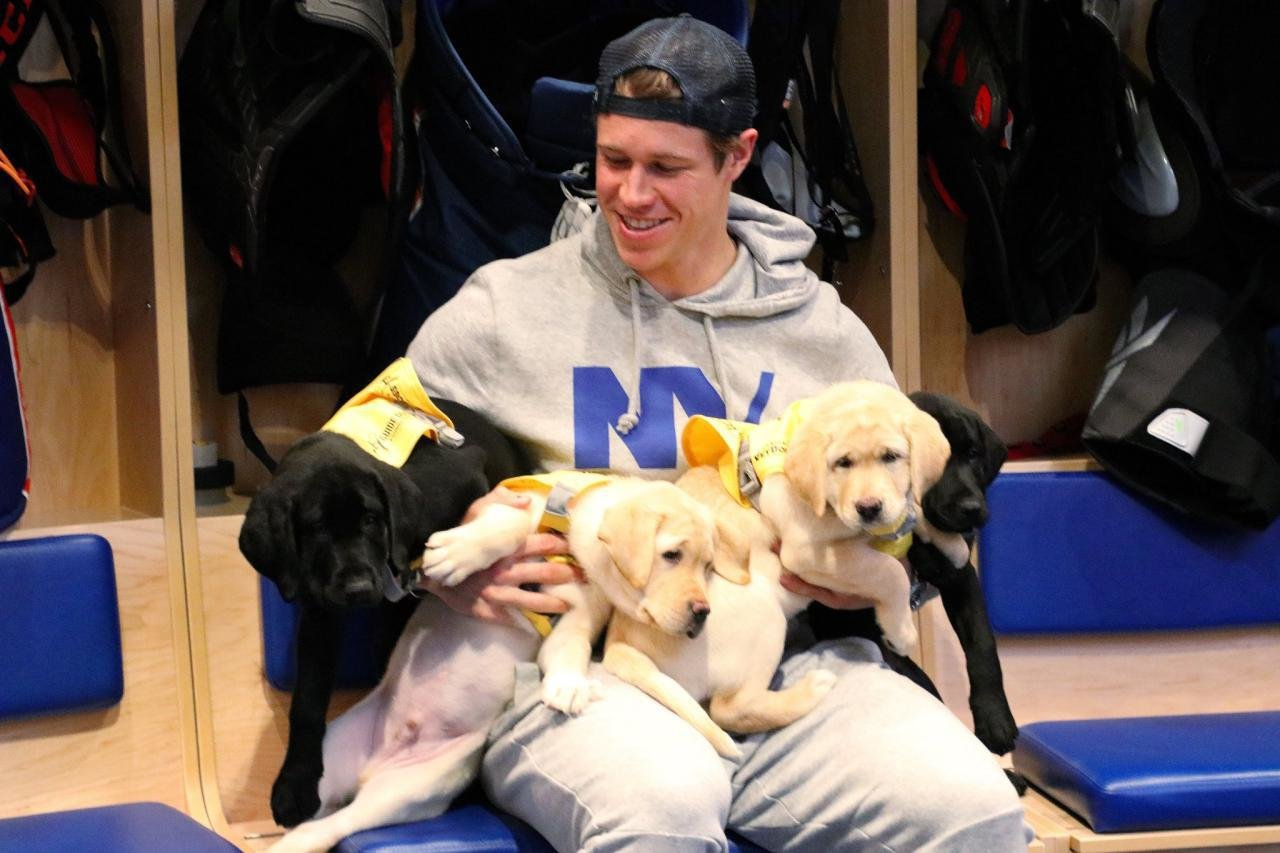 Джош Бэйли, фото, Кейси Сизикас, НХЛ, Айлендерс