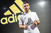 adidas, Лукас Подольски, Виссел Кобе