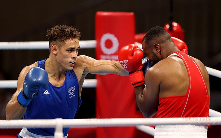 На Олимпиаде марокканский боксер пытался укусить соперника в стиле Тайсона. Дэвида Ньика спасла реакция и капа на зубах оппонента