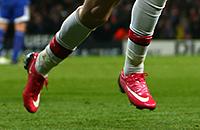 игровая форма, Nike, Puma, Ювентус, Николя Анелька, премьер-лига Англия, Никлас Бендтнер