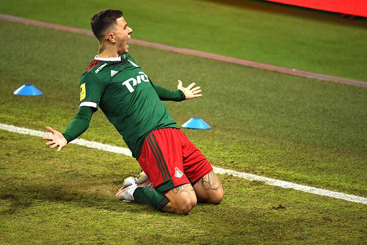 Казалось, лучший гол выходных забил Лисакович. Но через полчаса его затмил Крыховяк – безумный удар в ближнюю девятку с полулета 🚀