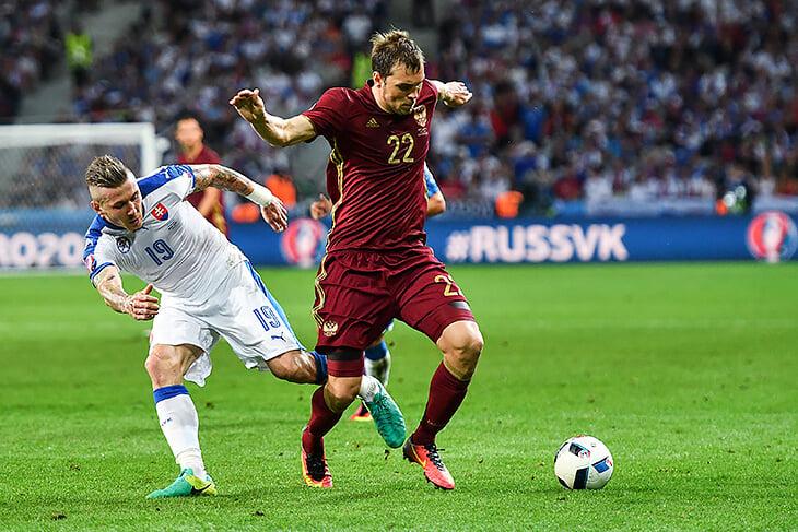 Где были игроки сборной России во время прошлого Евро: Фернандес без паспорта, Мухину – 14, многие в ФНЛ и ПФЛ