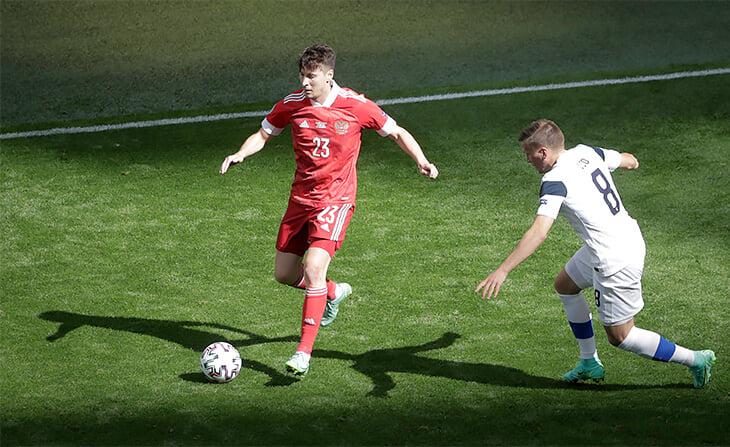 «Футбольный интеллект позволяет понимать друг друга». Говорят герои нашей победы: Миранчук, Кузяев и Сафонов