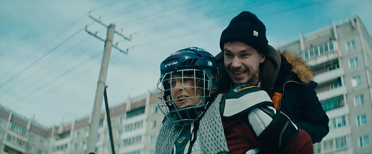 В фигурке зарубились из-за фильма «Лед», Тарасова даже назвала его тупостью и бездарностью. Мы посмотрели – и не согласны