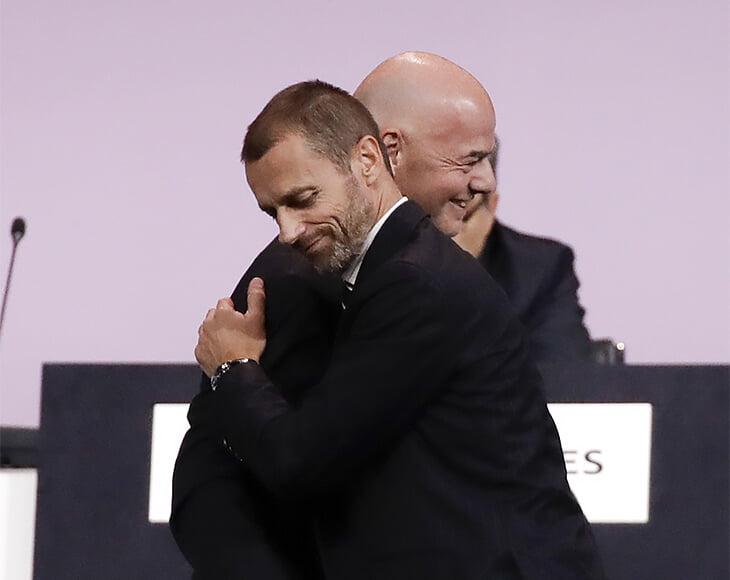 «Никогда не видел человека, который бы столько лгал». Президент УЕФА назвал Аньелли лгуном, а клубы Суперлиги – жадными змеями