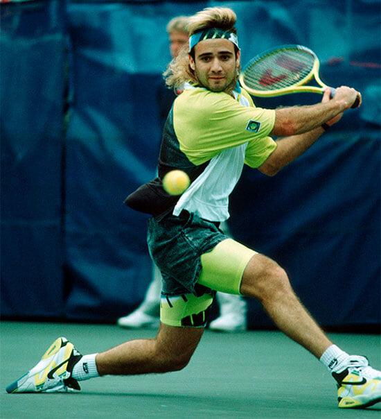 Агасси ненавидел «Уимблдон» за пафос и дресс-код. Но выиграл там первый «Шлем» и придумал современный травяной теннис