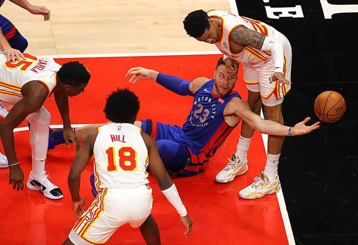 Блэйк Гриффин вернул «Детройту» 13 млн, чтобы уйти из команды. Это один из крупнейших выкупов контракта в истории НБА