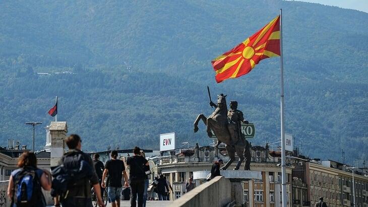 В Северной Македонии почти не болеют за свою сборную – Албания или Сербия более популярны. В стране кризис национальной идентичности