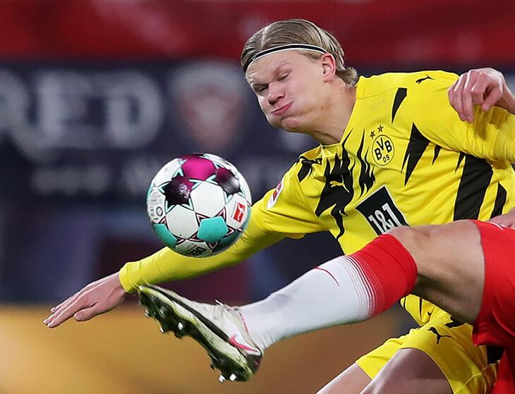 Зверский гол Холанда «Лейпцигу»: растолкал и обманул пятерых, вбежал в штрафную и замкнул навес Санчо