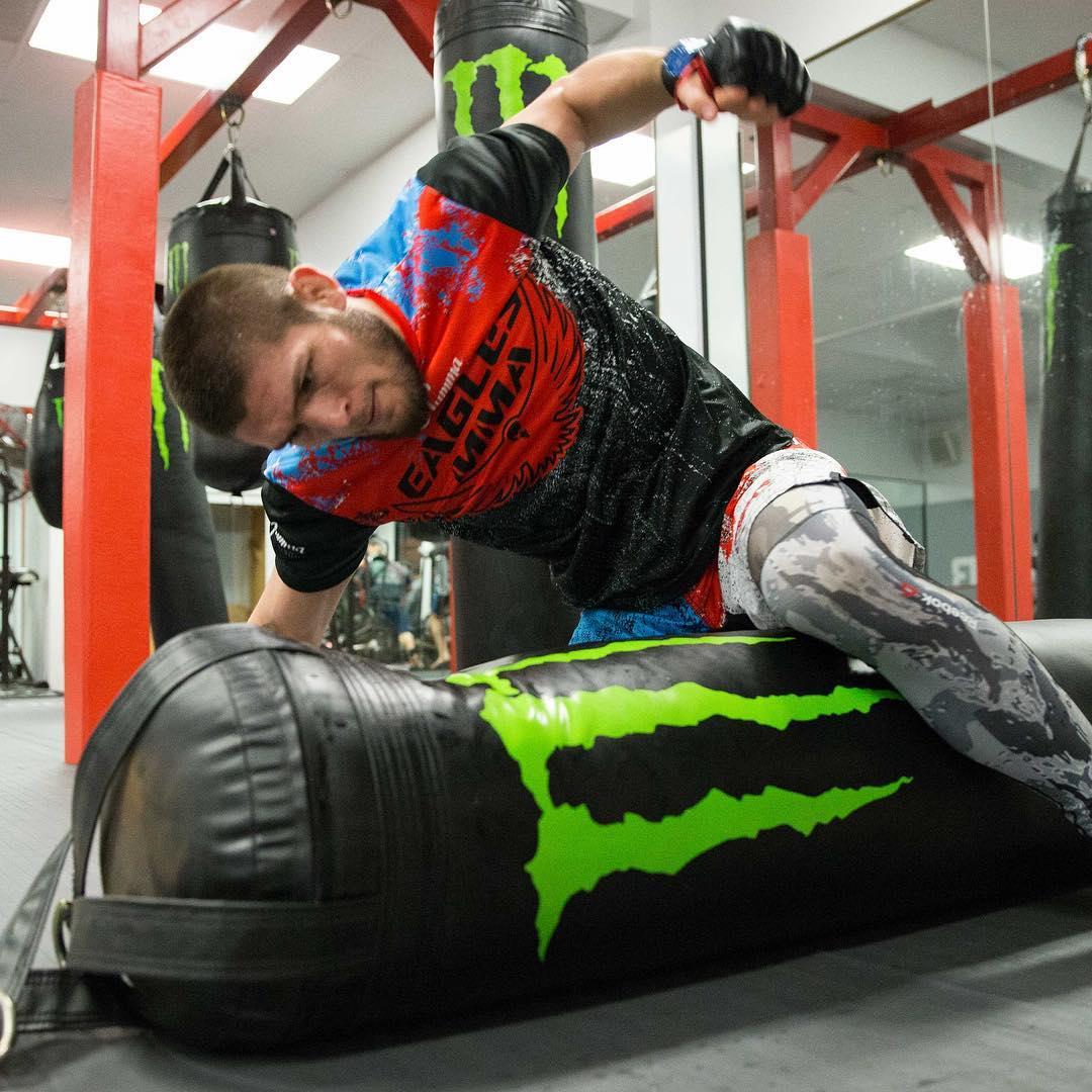 UFC, Хабиб Нурмагомедов, Эдсон Барбоза