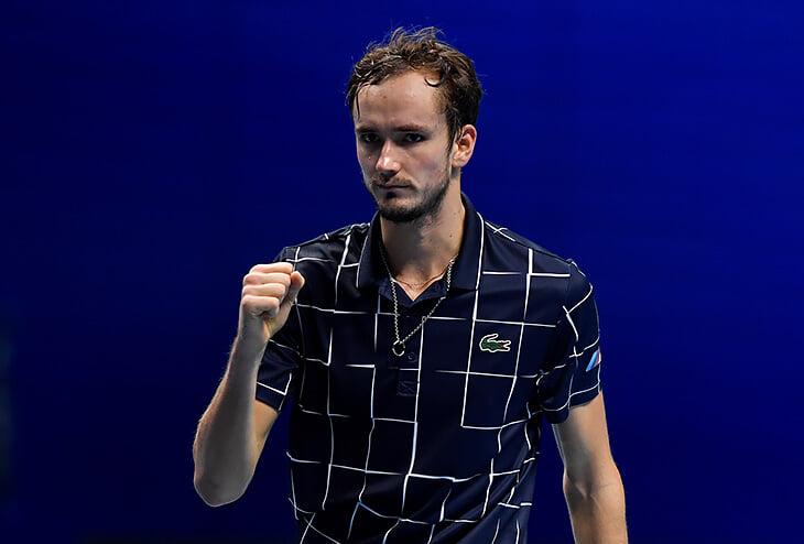 Медведев – в финале итогового! Был в гейме от поражения, но выиграл у Надаля и тактически, и физически