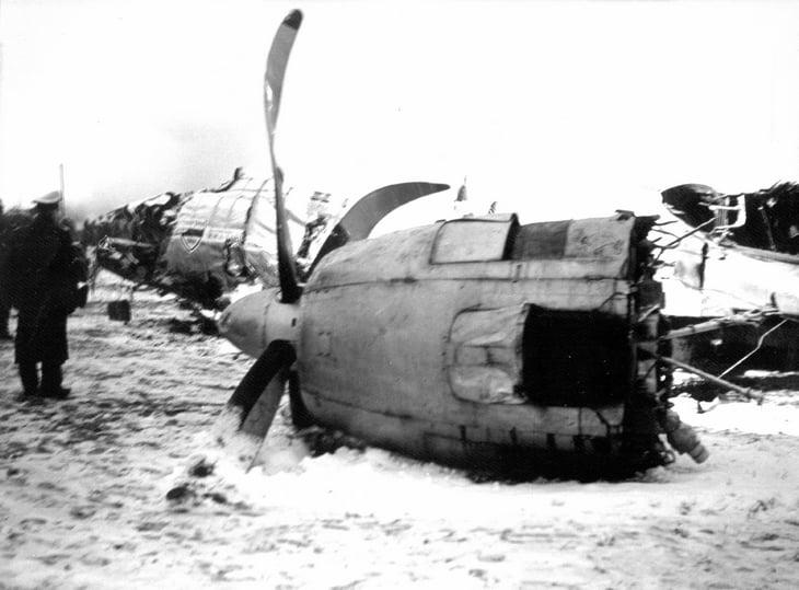 Драма пилота, который вез «малышей Басби»: после катастрофы его ненавидела вся Британия