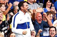 Лэмпард на «Стэмфорд Бридж» как тренер «Челси»: болельщики надели футболки с восьмым номером и повторяли его жесты