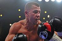Русский боксер должен был драться с ноунеймом, но выйдет против чемпиона