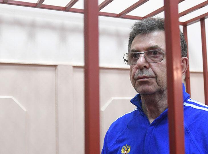Почему арестован Александр Кравцов – казначей нашего спорта: ему вменяют, что фиктивно пристроил дочерей, зятя, внука, заплатил им 14 млн