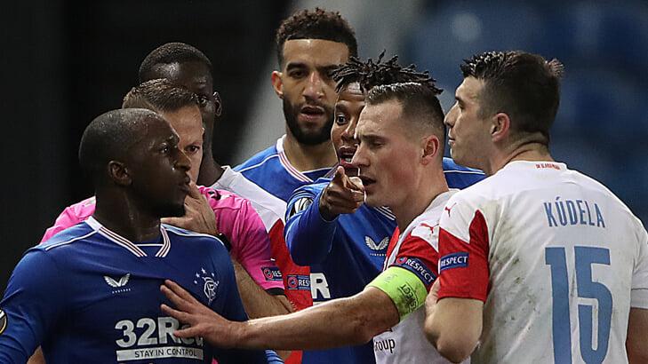 Главное в Лиге Европы: финн из «Рейнджерс» обвинил игрока «Славии» в расизме, Погба вернулся и забил, у «Арсенала» – проблемы с реализацией