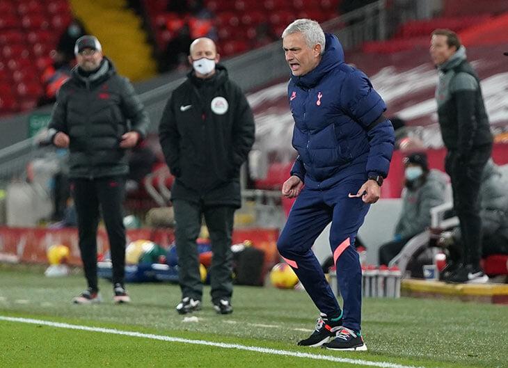 В АПЛ наконец-то бодрый матч лидеров. Жозе зарядился эмоциями от «Энфилда» – и запустил потенциальную войну с «Ливерпулем»