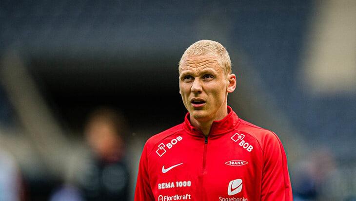Секс-скандал в Норвегии: футболисты устроили оргию прямо на стадионе и всю ночь бегали голышом