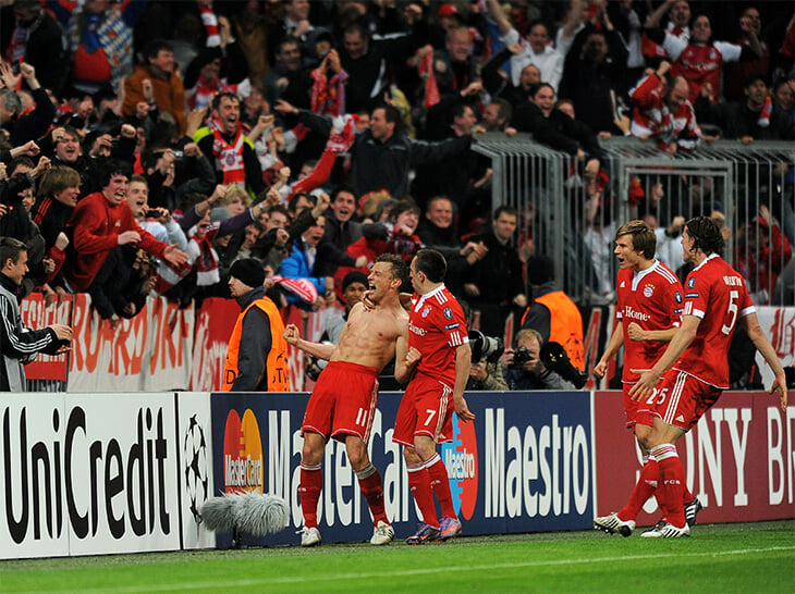 Незабываемый гол Олича в ворота «МЮ» на 92-й: появился из ниоткуда, обокрал Эвра и свел с ума весь стадион