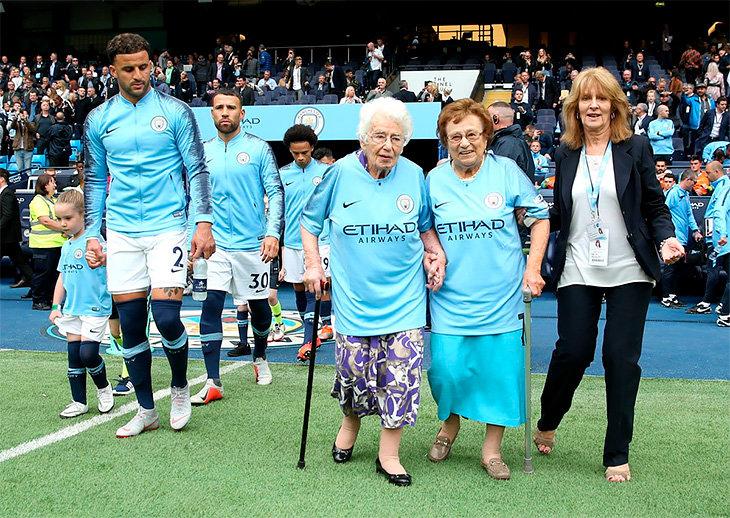 Умерла 104-летняя болельщица «Ман Сити» Вера Коэн. Она болела за клуб 90 лет