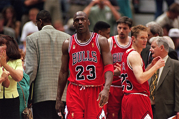an analysis of michael jordans economical effect on todays sports in america An analysis of michael jordan's economical effect on today's sports in america 1,953 words 4 pages an introduction to the life of michael jordan.