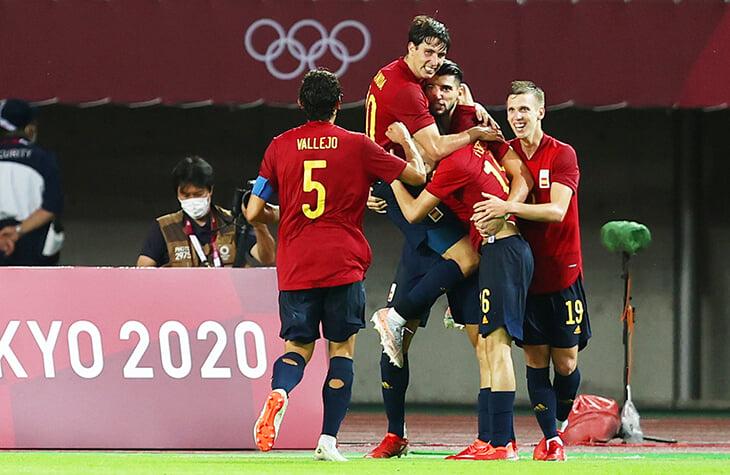 Самые сумасшедшие три минуты футбольного Токио: Испания вылетала к 91-й, сделала суперзамену – и победила 5:2