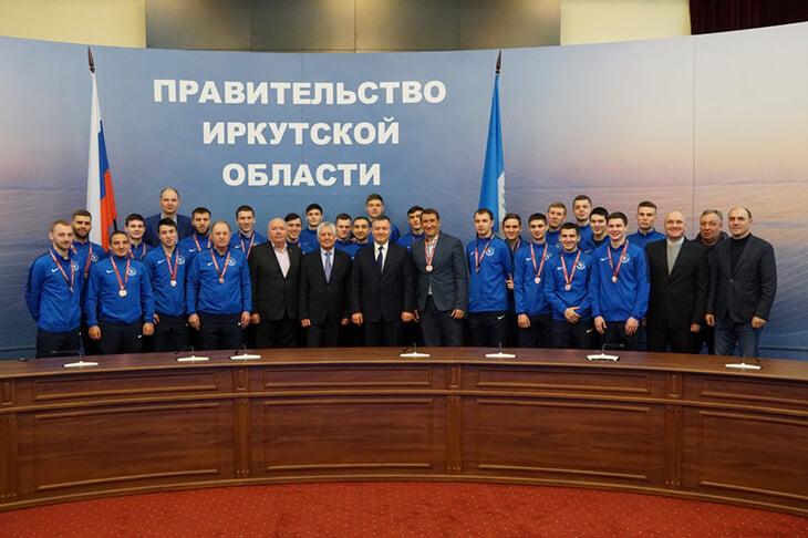 В ПФЛ умер иркутский «Зенит» (весь сезон играл без денег и эмблемы). Губернатор забыл про команду после выборов