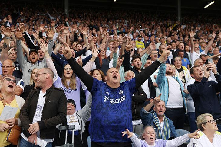В Лидсе – настоящий английский футбол. Здесь наслаждались игрой даже при 0:3 и овацией провожали травмированного Эллиотта