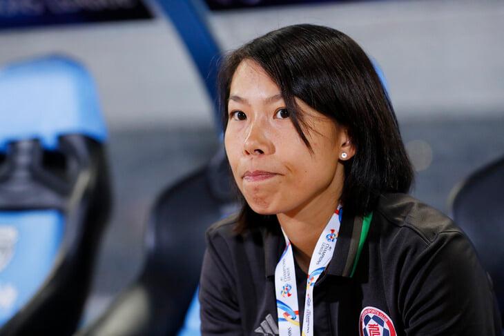 Женщина-тренер впервые рулит командой из высшей лиги Европы. Начала с 1:6, но между клубами больше 40 очков разницы