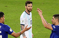 Аргентина на дне группы после двух туров. Еще есть шансы?