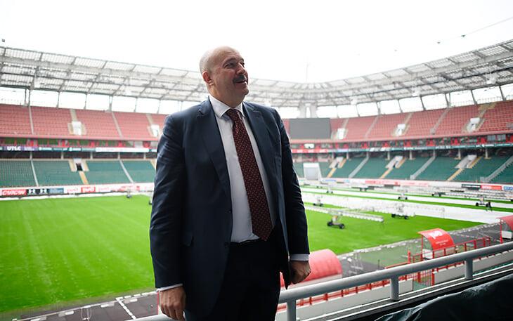 Кикнадзе наконец заговорил: Николич будет больше работать с молодыми, красивого прощания с Семиным не получилось из-за возраста
